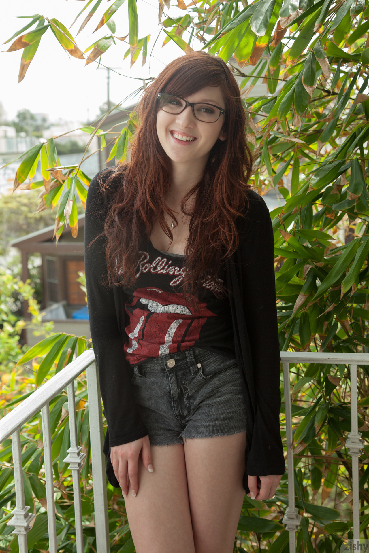 18 curly cutie teen and 76 old granppa 69 7